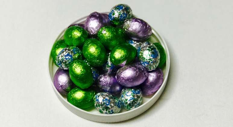 Crispy Foil Wrapped Milk Chocolate Eggs: click to enlarge